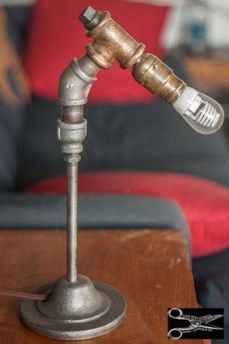 Minimal Pipe Lamp